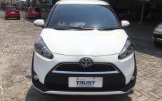 Toyota Sienta 1.5 V MT Tahun 2016 | T0184